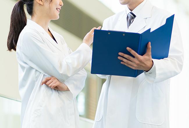 奥様の専従者給与は、個人か医療法人かで違います